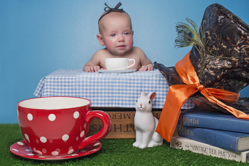 reading baby 2