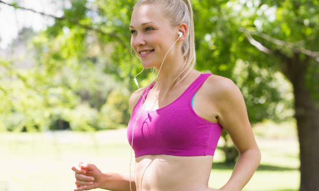 No bouncing! Tips for buying a great-fitting sports bra   SHEmazing!