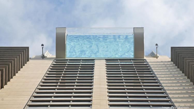 Sky Pool this terrifying 'sky-pool' sits 500 feet above street level
