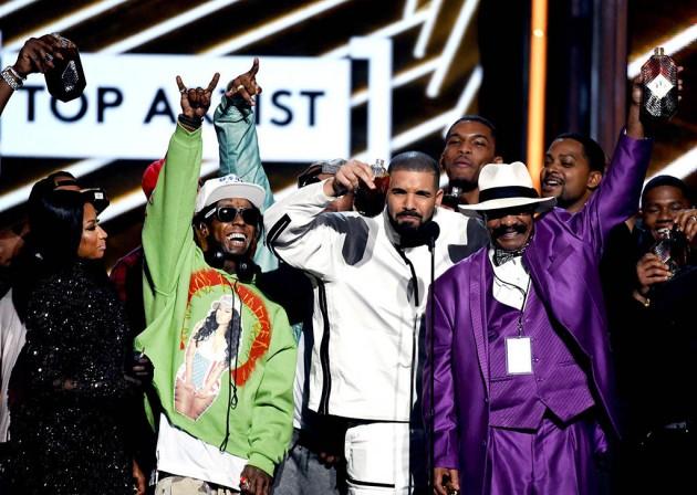 Drake smashes Adele's record at Billboard Music Awards last night
