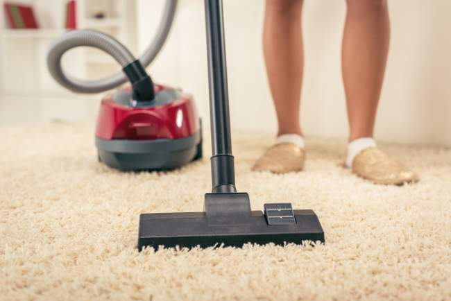 House dust may contribute to obesity, U.S. study suggests